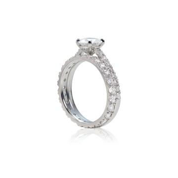 Pinched Set Diamond Engagement & Wedding Ring Set