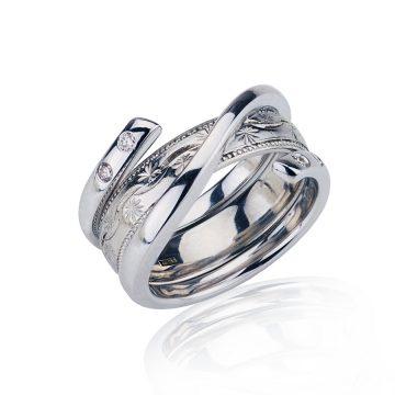 18CT White Gold Ring Holder