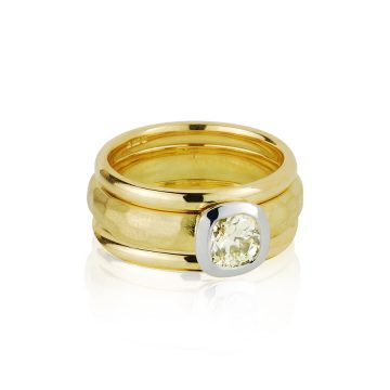 Hammered Yellow Gold & Diamond Ring